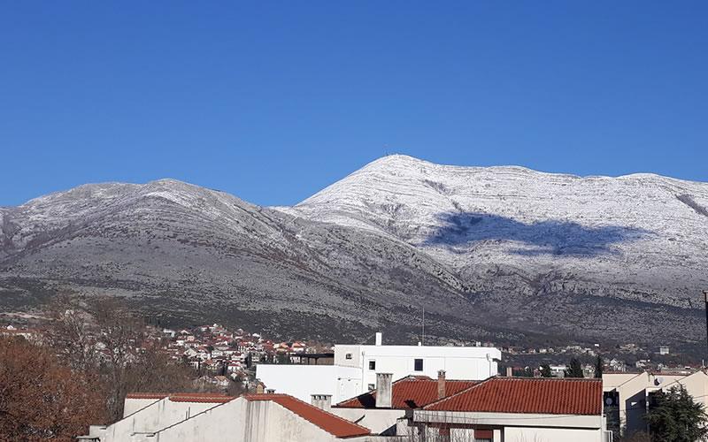 leotar-snijeg